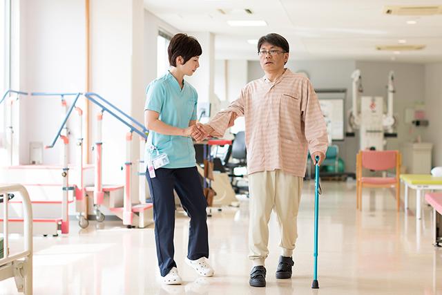 介助による歩行練習